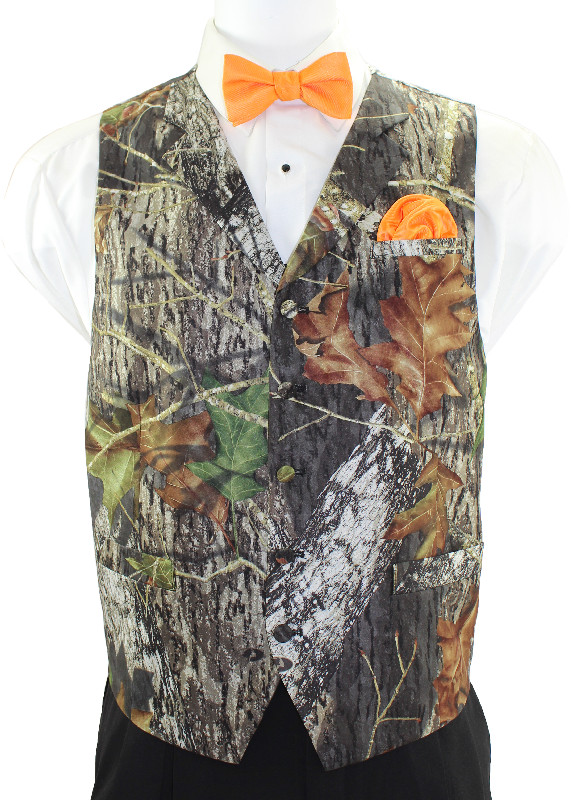 Mossy Oak® 2•4•1 Vest with Orange Bow Tie and Pocket Square