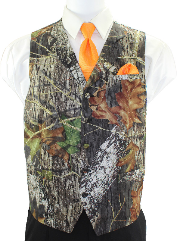 Mossy Oak® 2•4•1 Vest with Orange Windsor Tie and Pocket Square